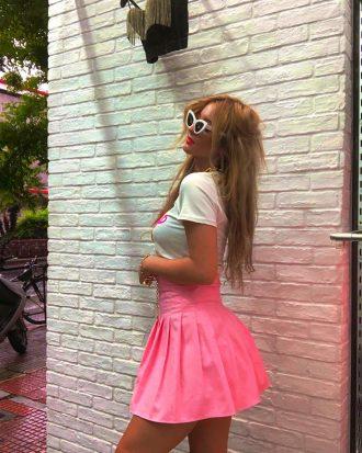 ροζ φούστα κοντή